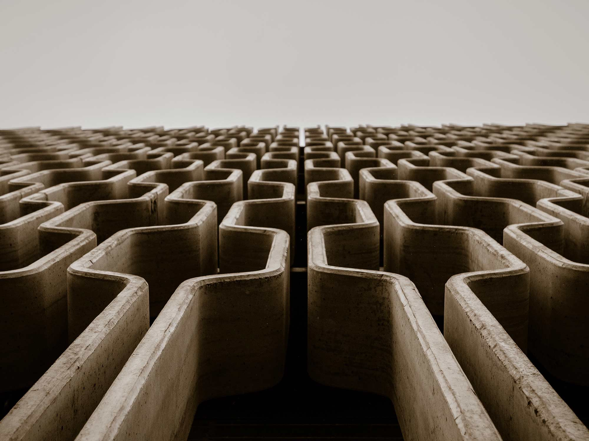 dark pattern labyrinth