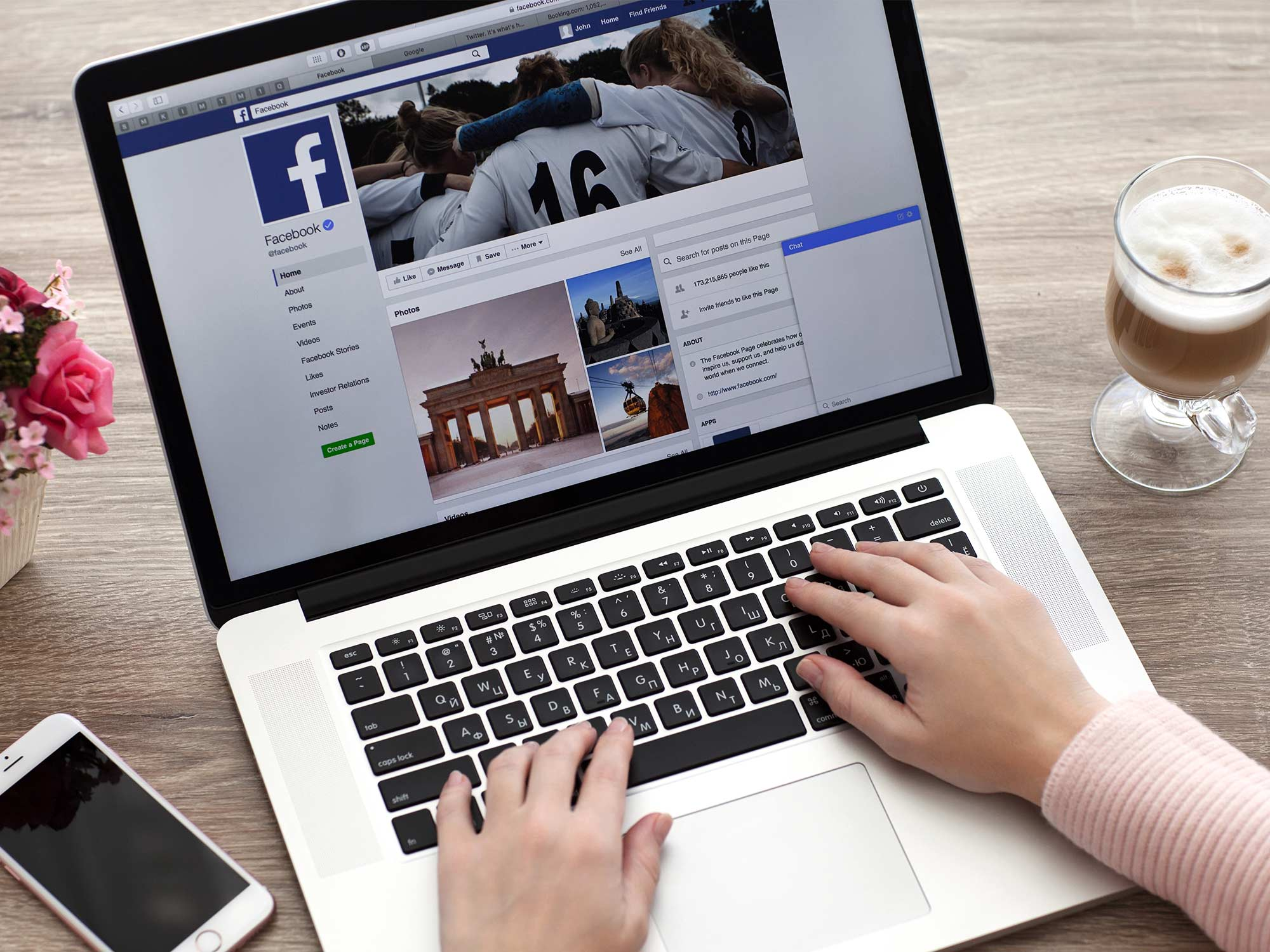facebook news sharing agence communication social media