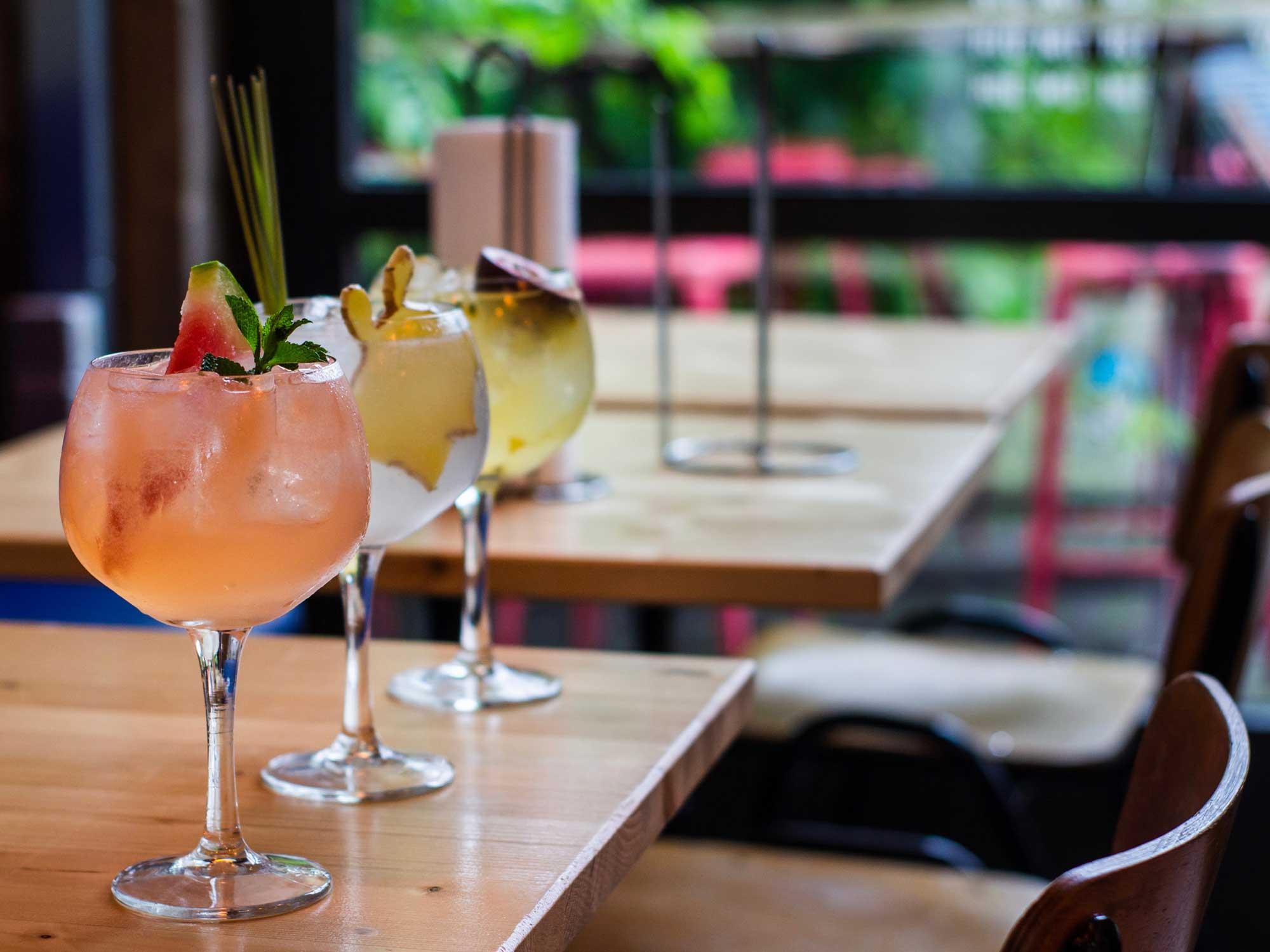 comment parler d'alcool sur les réseaux sociaux
