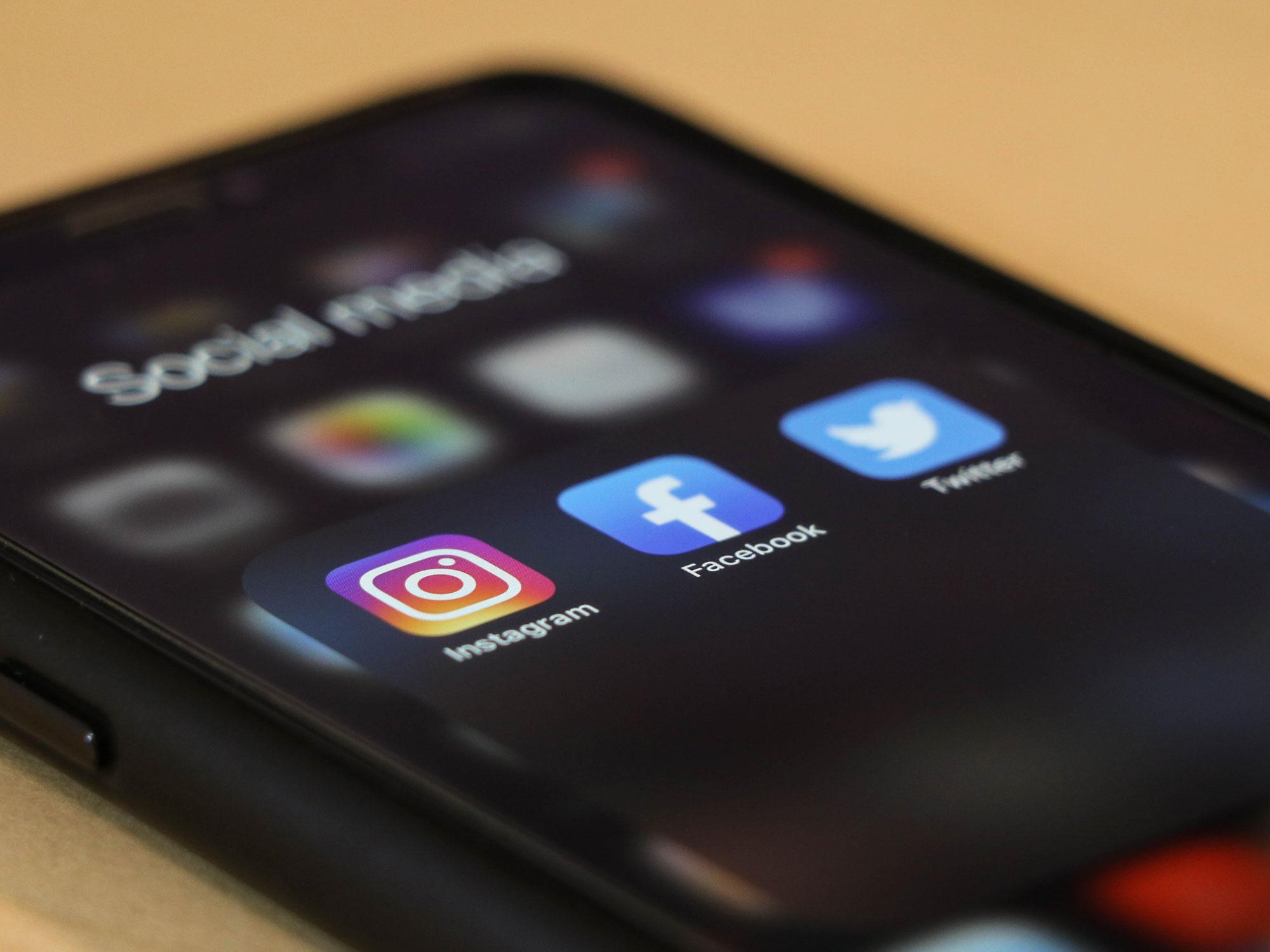 Les nouveautés vidéos Facebook et Instagram - Agence Sharing