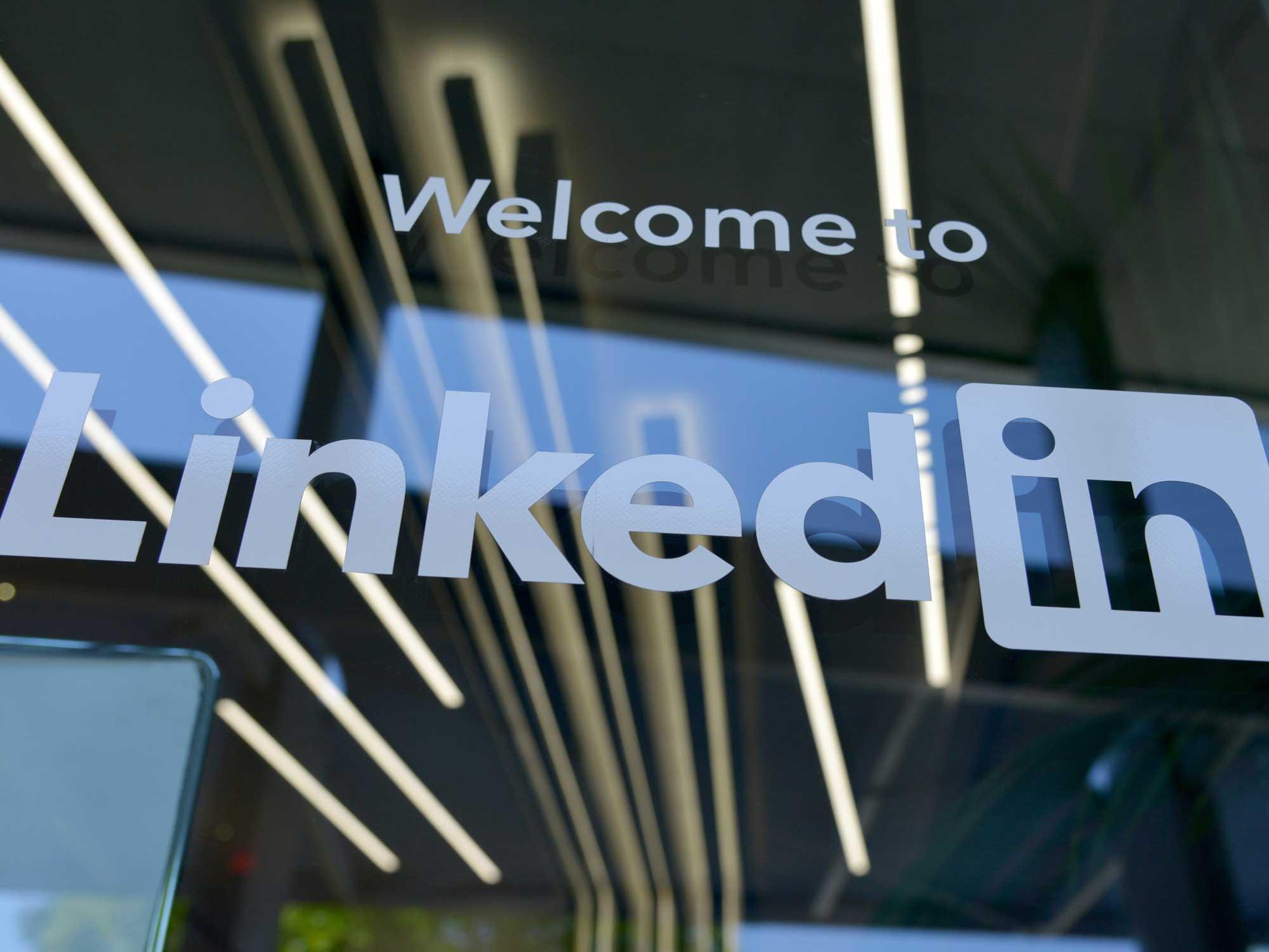 Les nouveautes LinkedIn pour les entreprises- Agence Sharing