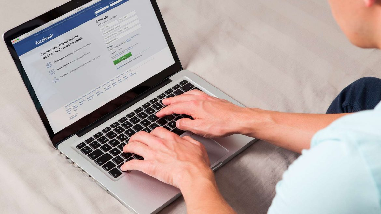 comment devenir community manager certifié Facebook - Agence Sharing